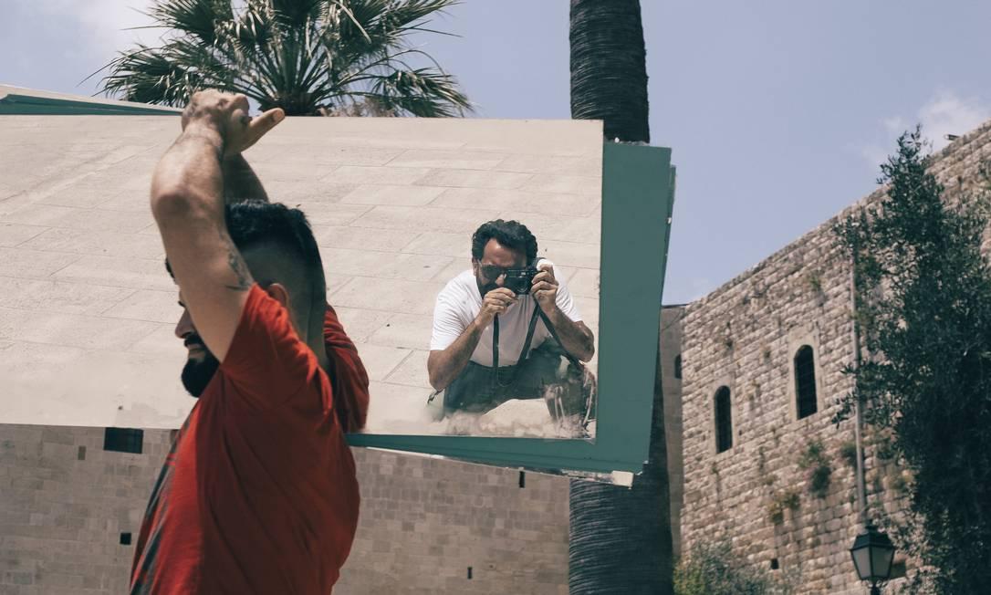 Autorretrato. Bruno Bou Haya fotografa o dia a dia em Deir El Qamar Foto: Divulgação/Bruno Bou Haya