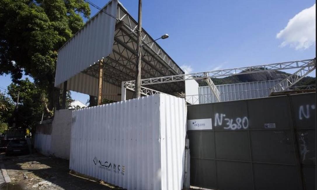 Obras em curso. Escola SAP diz que trabalho será concluído este mês Foto: Maria Isabel Oliveira