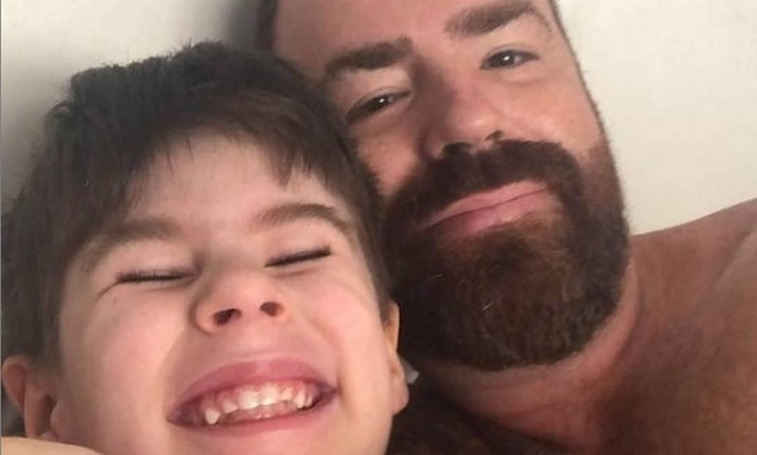 Leniel Borel com o filho, Henry, de 4 anos Foto: Reprodução/Instagram