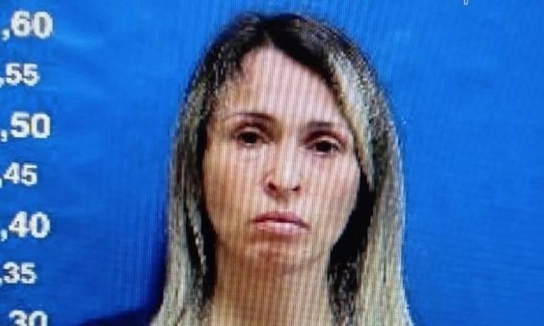 Bianca após ser presa: segundo a polícia, ela confessou que fazia até 130 atendimentos por plantão Foto: Reprodução