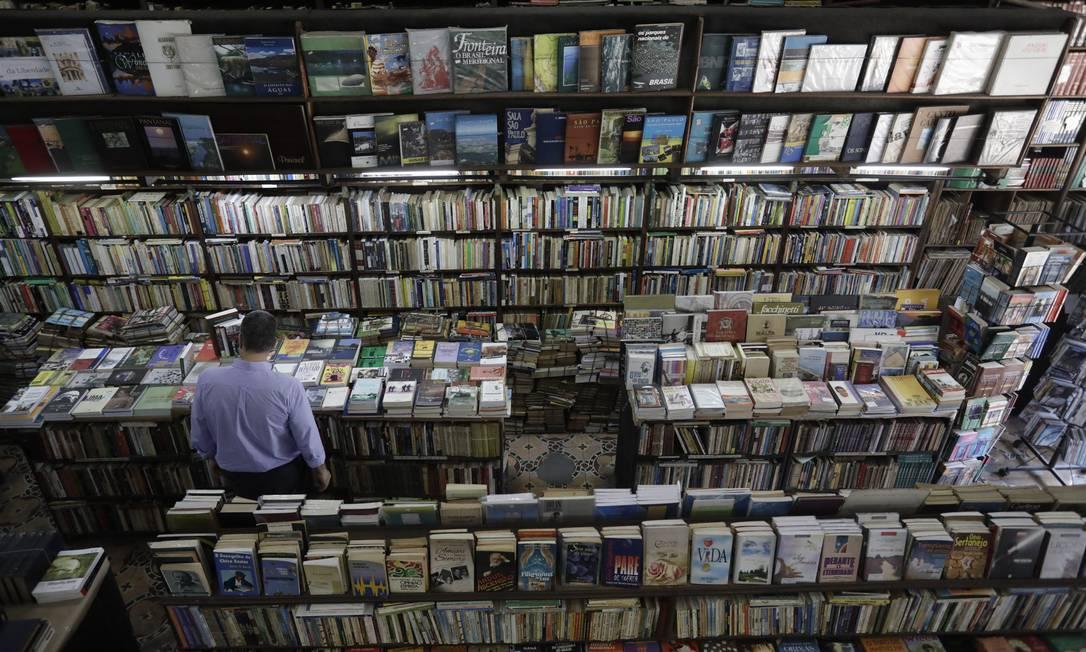 Livraria no Centro do Rio: imposto sobre livros é tema do debate de reforma tributária Foto: Custódio Coimbra/19-9-2019 / Agência O Globo