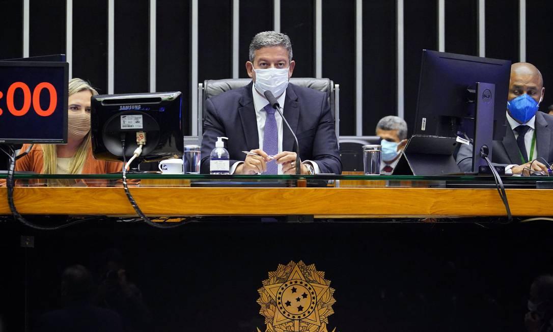 Presidente da Câmara, deputado Arthur Lira, comanda sessão Foto: Pablo Valadares / Câmara dos Deputados