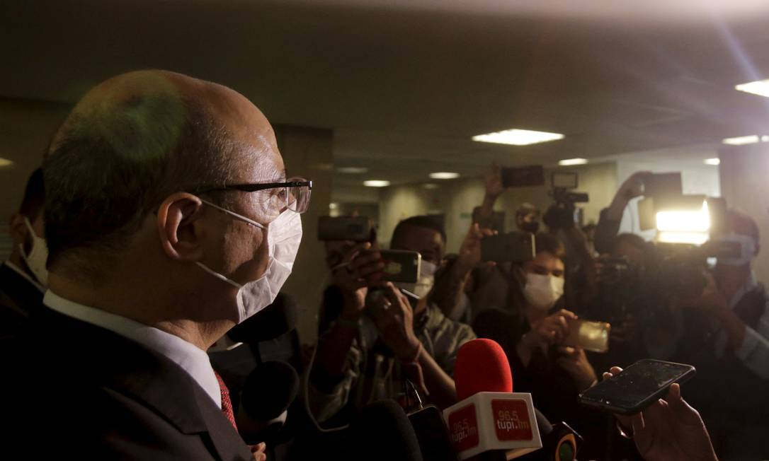 Governador afastado Wilson Witzel fala com imprensa no Tribunal de Justiça, Centro do Rio Foto: Antonio Scorza / Agência O Globo