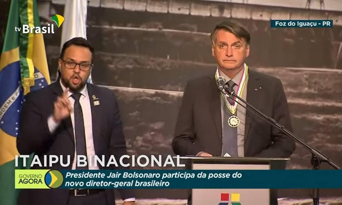Jair Bolsonaro compareceu à posse do novo presidente da Itaipu Binacional, João Francisco Ferreira Foto: TV Brasil/ Divulgação