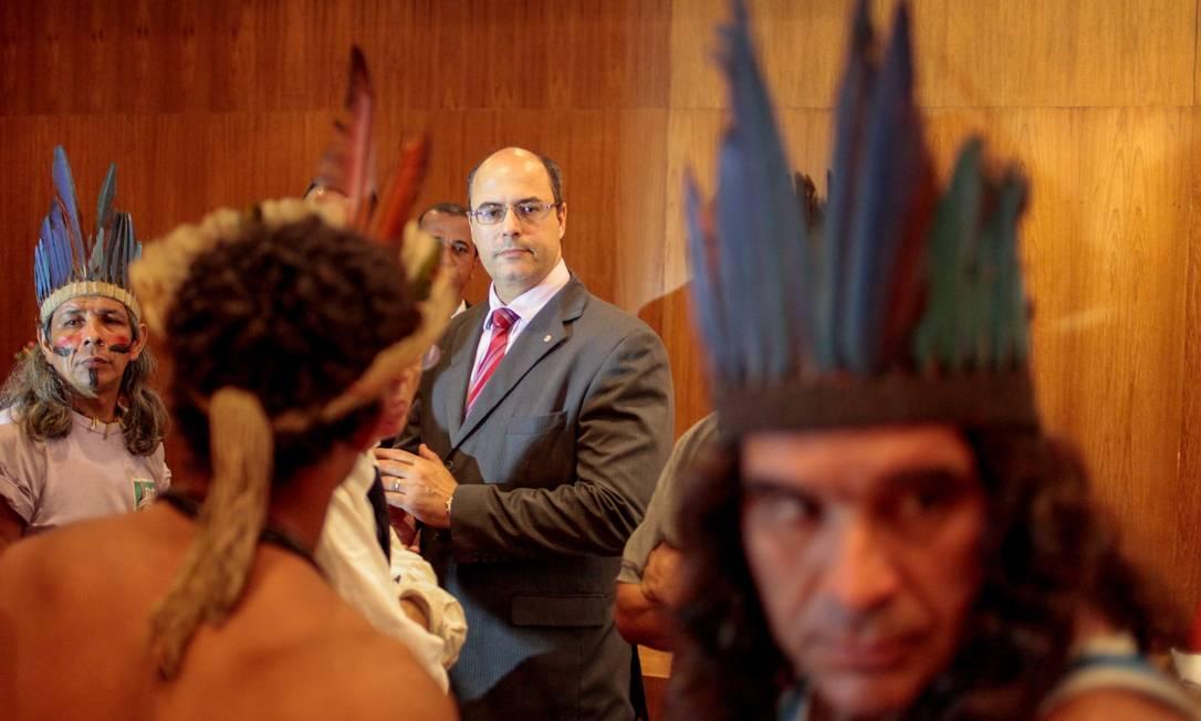Audiência pública com o então juiz federal Wilson Witzel com a presença dos indígenas que habitavam na aldeia Maracanã Foto: Pedro Kirilos / Agência O Globo - 24/03/2013