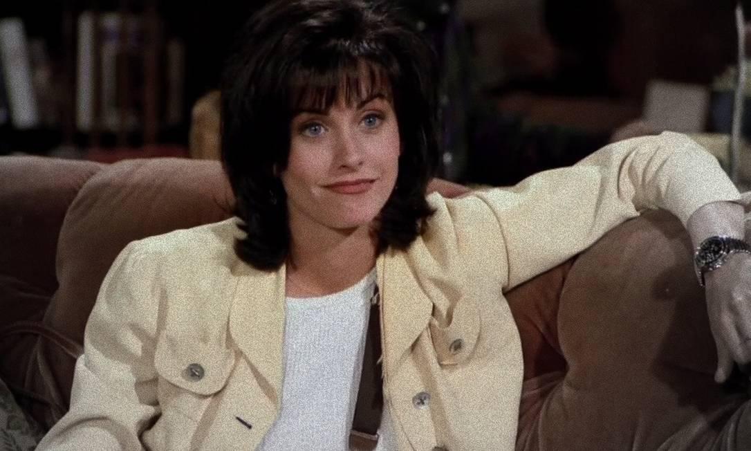 Courteney Cox, a Monica, em 1994, ano em que a série foi ao ar pela primeira vez Foto: Reprodução