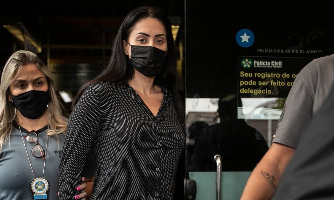 Monique Medeiros foi presa preventivamente e será indiciada por tortura e homicídio duplamente qualificado Foto: Brenno Carvalho / Agência O Globo