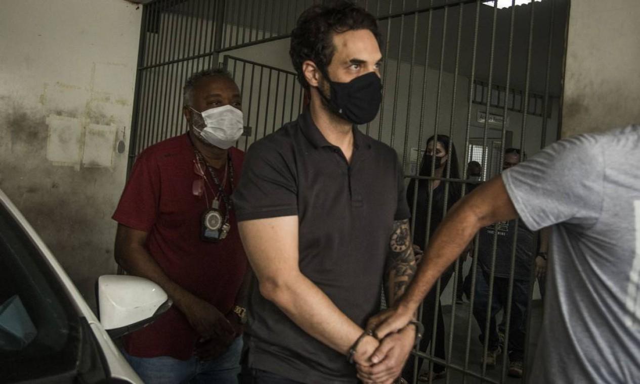 Dr. Jairinho e Monique foram encontrados na casa de uma assessora do vereador Foto: Guito Moreto / Agência O Globo