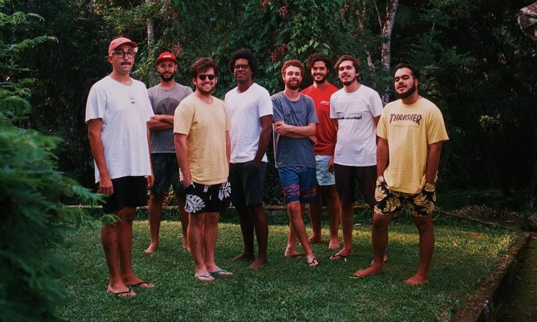 Gilsons e Jovem Dionísio, lançaram músicas juntos, com clipe previsto para quarta-feira Foto: Divulgação / Felipe Fonseca