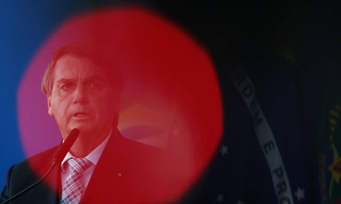 Jair Bolsonaro reclama da metodologia usada pelo IBGE para medir o desemprego no país Foto: Pablo Jacob/Agência O Globo