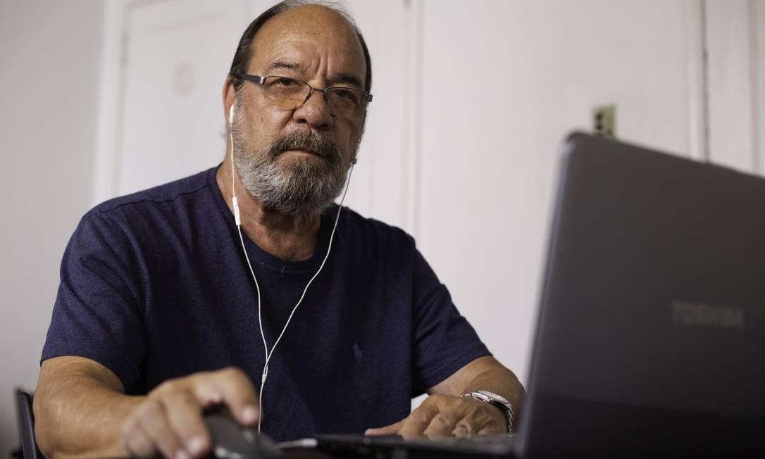 Robert Queen, 70 anos, sofreu uma tentativa de transferência de dinheiro, que foi impedida pelo banco Foto: Gabriel Monteiro