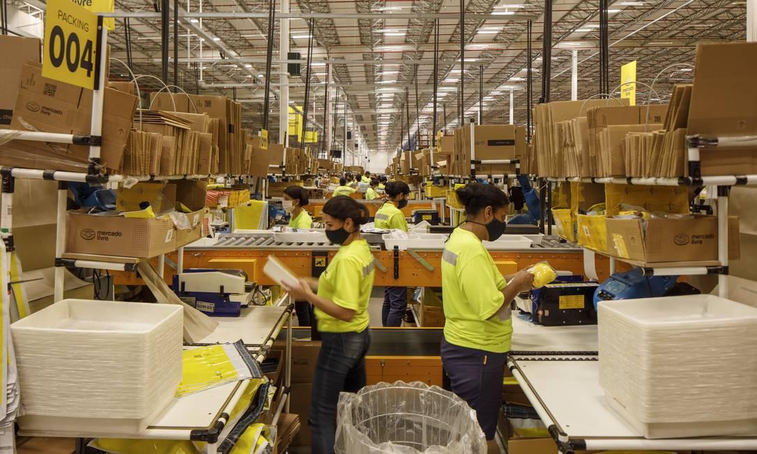 Mercado Livre abriu um centro de distribuição em Cajamar, São Paulo, para atender a demanda crescente do e-commerce Foto: Caio Guatelli/20-12-2020