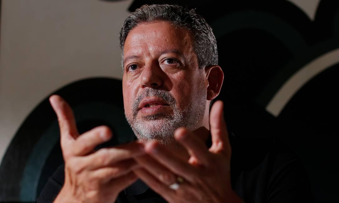 O presidente da Câmara, Arthur Lira (PP-AL): após dois meses no cargo, relacionamento com governo Bolsonaro mudou Foto: Sergio Lima / Agência O Globo