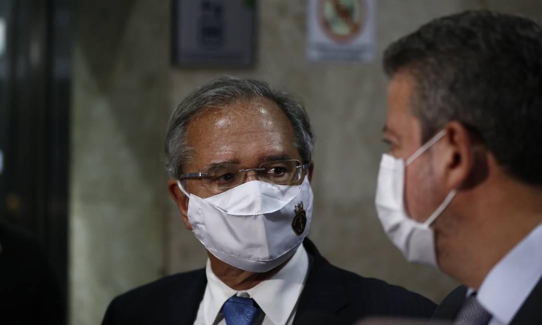 O ministro da Economia, Paulo Guedes, e o presidente da Câmara, Arthur Lira Foto: Pablo Jacob / Agência O Globo
