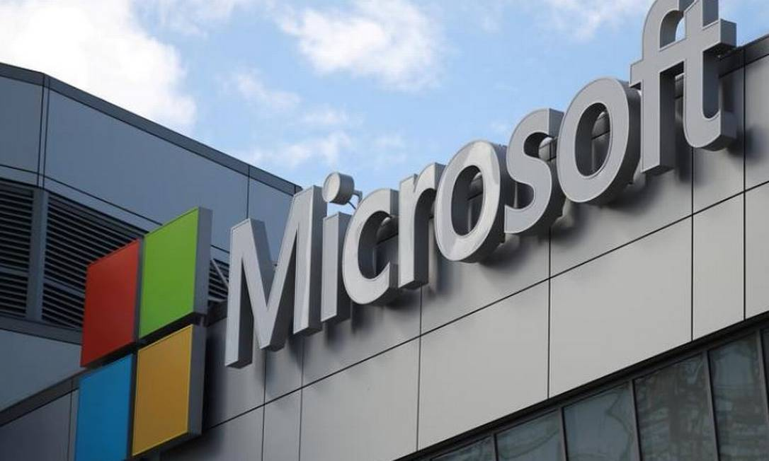 Logo da Microsoft em Los Angeles, na California Foto: REUTERS/Lucy Nicholson