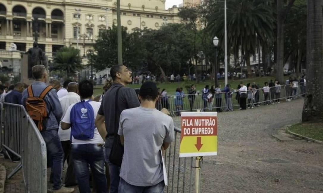 Em meio a desemprego recorde e pior fase da pandemia, as duas principais estatísticas do mercado de trabalho brasileiro apresentam problemas, apontam economistas Foto: Agência Sindical