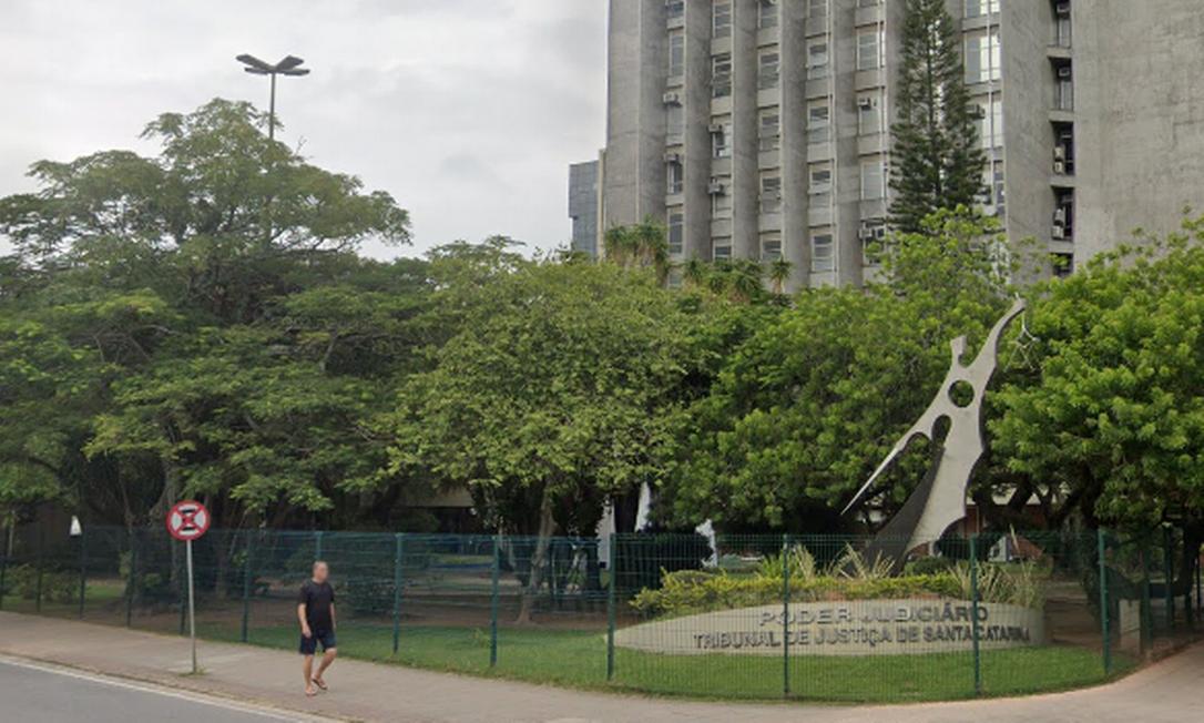Justiça de Santa Catarina autoriza pessoa a registrar gênero neutro na certidão Foto: Reprodução