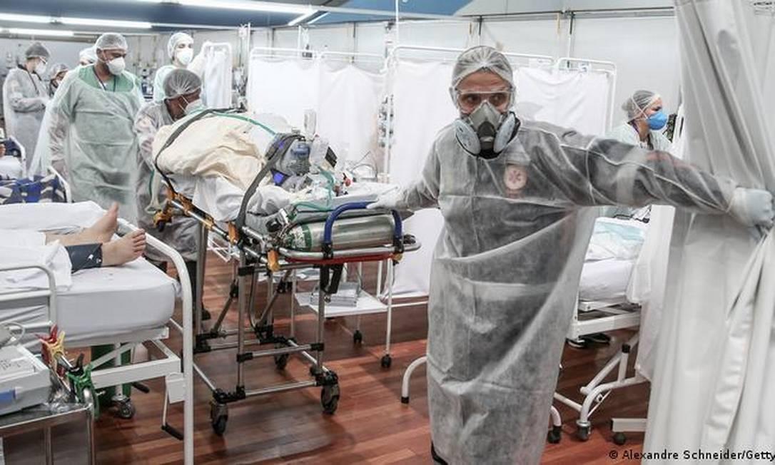 'UTI não aceita improviso', afirma médico da Associação de Medicina Intensiva Brasileira Foto: Alexandre Schneider/Getty Images