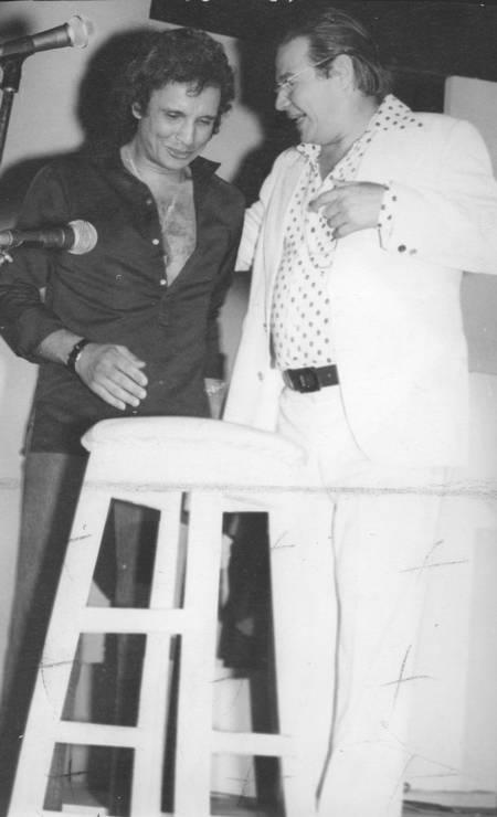 Roberto Carlos e o maestro Antônio Carlos Jobim, o Tom Foto: Agência O Globo - 22/01/1978