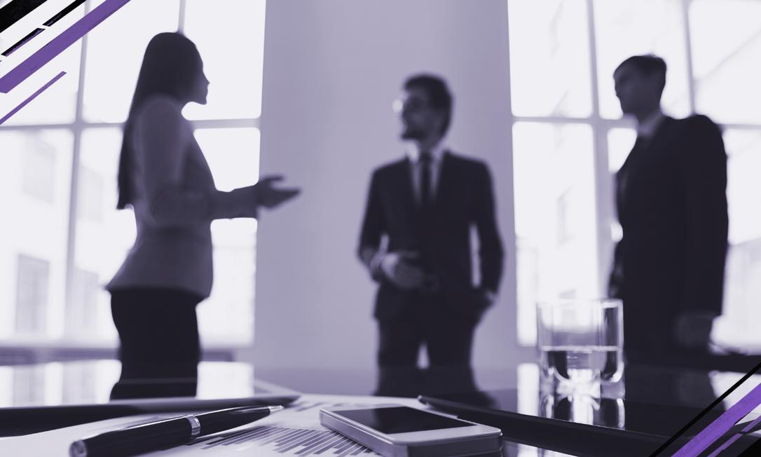 Em 2019, segundo dados do IBGE, as mulheres receberam, em média, 77,7% do salário dos homens, mesmo tendo mais qualificação e formação acadêmica Foto: freepik.com