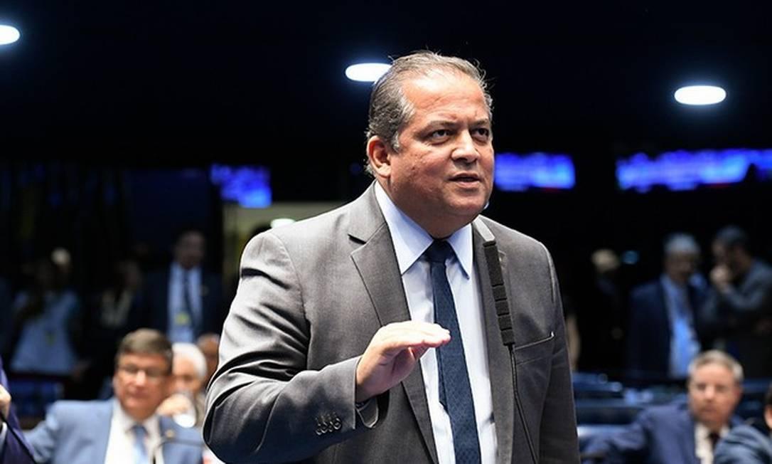Líder do governo, Eduardo Gomes apresentou requerimento para que CPI só funcione após senadores, servidores e depoentes estarem vacinados contra a Covid-19 Foto: Roque Sá / Agência Senado