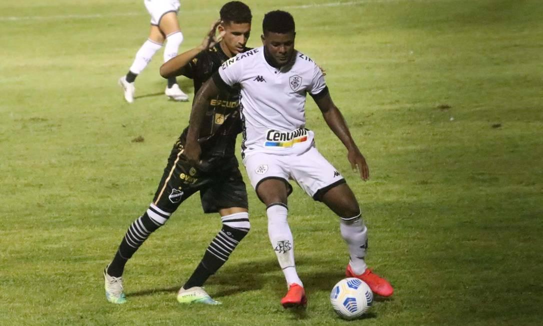 Botafogo marcou no instante final, contra o ABC, mas foi eliminado Foto: CANINDÉ SOARES/FUTURA PRESS / Agência O Globo