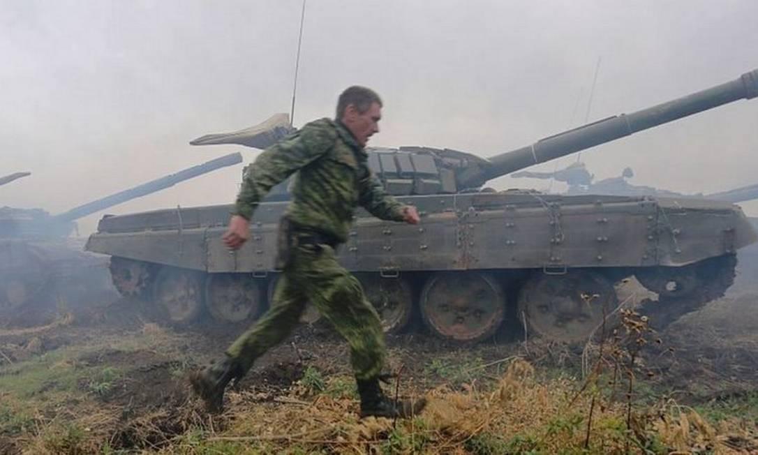 A brigada é formada, entre outros, por um batalhão de tanques Foto: AFP
