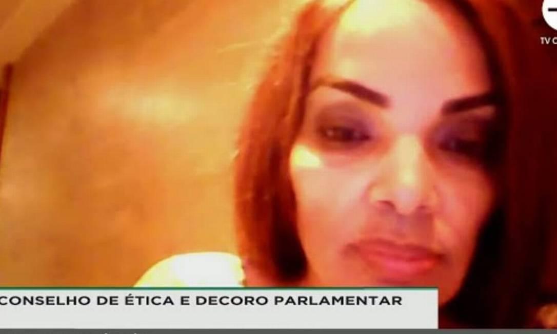 Flordelis participa de oitiva do Conselho de Ética da Câmara Foto: TV Câmara / Reprodução