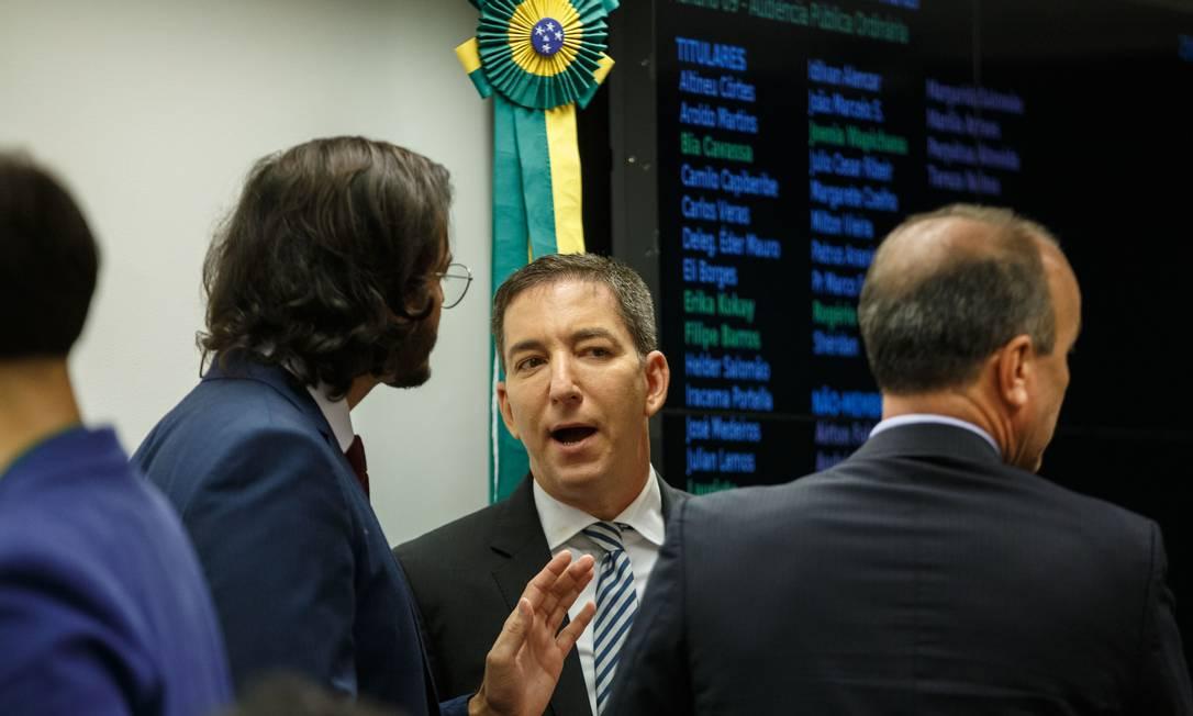 VAZA-JATO - Depois de trazer à tona conversas de Moro e Dallagnol, o jornalista Glenn Greenwald, o mesmo que revelou ao mundo o escândalo de espionagem da CIA, através da história de Edward Snowden, foi convidado a depor na Câmara Foto: Daniel Marenco / Agência O Globo - 25/06/2019