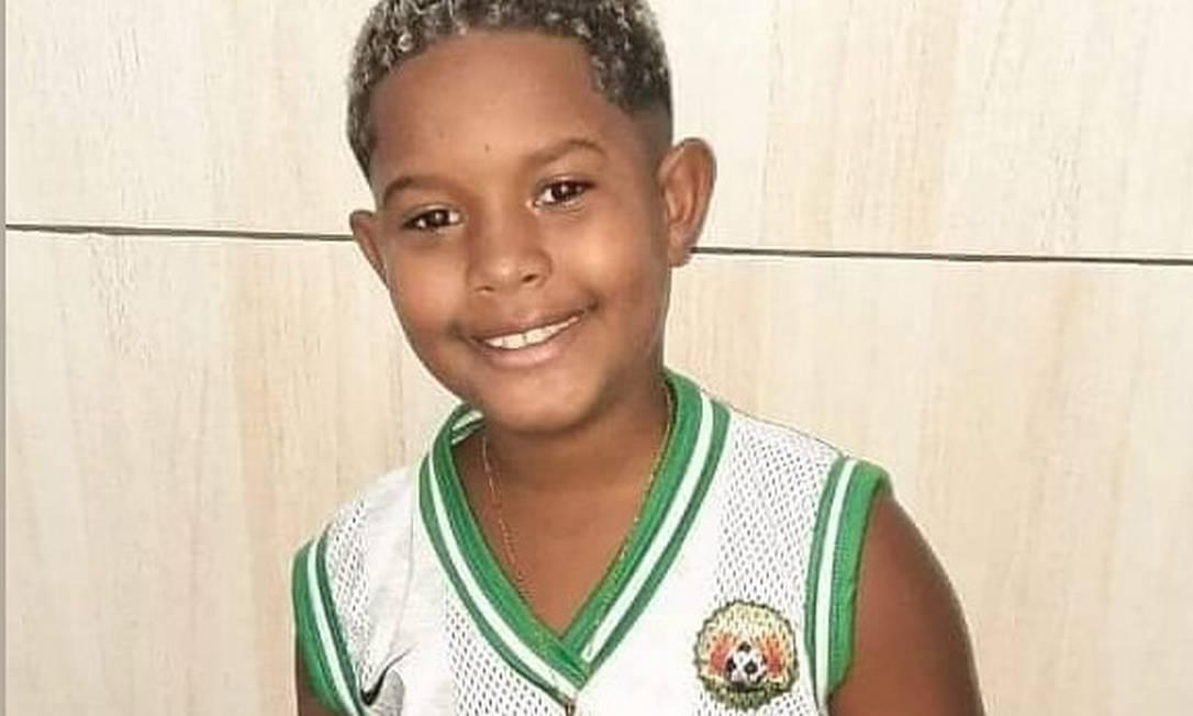 Kaio, de 8 anos, foi baleado em festa da escola Foto: Reprodução/Facebook