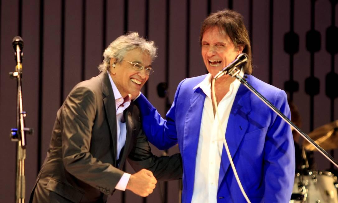 Show de Caetano Veloso e Roberto Carlos no Teatro Municipal do Rio, em 2008, em homenagem à bossa nova Foto: Leo Aversa / Agência O Globo