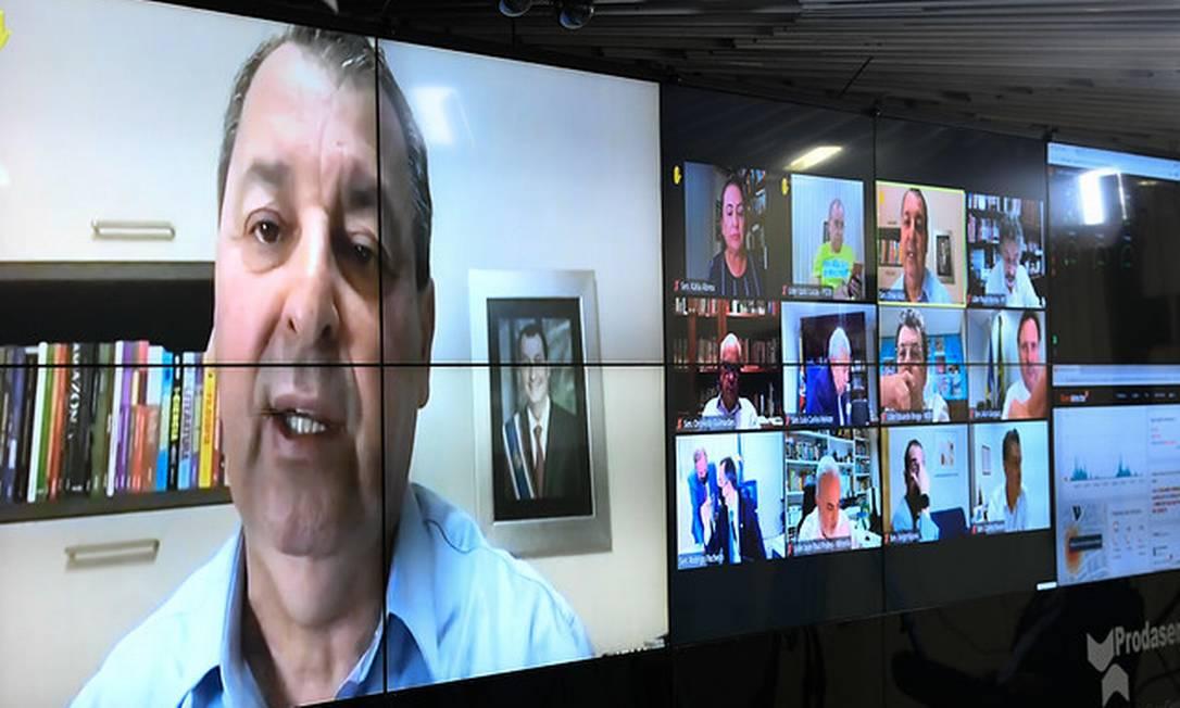 Senador Omar Aziz (PSD-AM) em pronunciamento via videoconferência 15/04/2021 Foto: Jefferson Rudy/Agência Senado