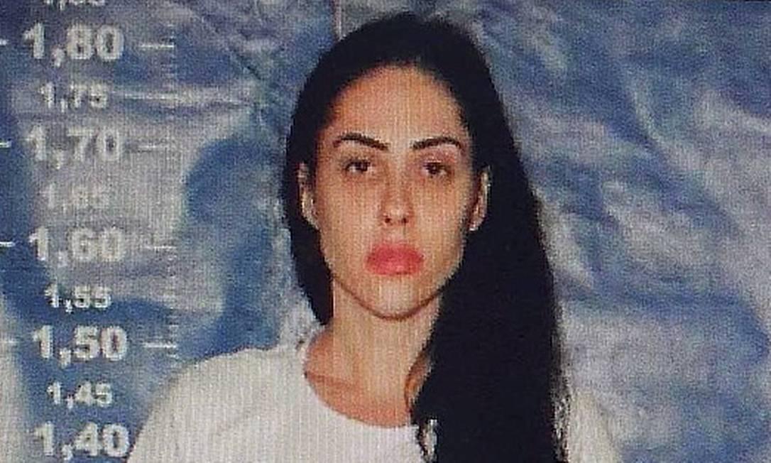Foto de Monique Medeiros ao ingressar no sistema penitenciário Foto: Reprodução