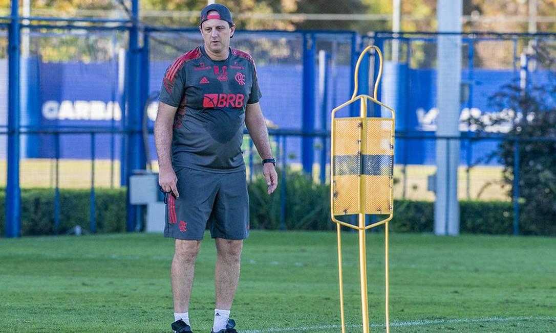 Ceni ainda busca ajustes no time Foto: Marcelo Cortes / Flamengo / Divulgação