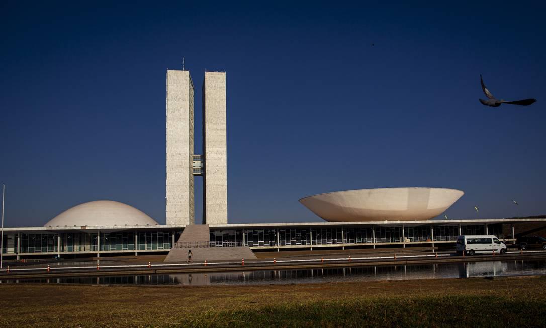 Fachada do Congresso Nacional, Palácio da Justiça, Caixa Econômica Federal, Banco Central e Receita Federal em Brasília Foto: Daniel Marenco / Agência O Globo
