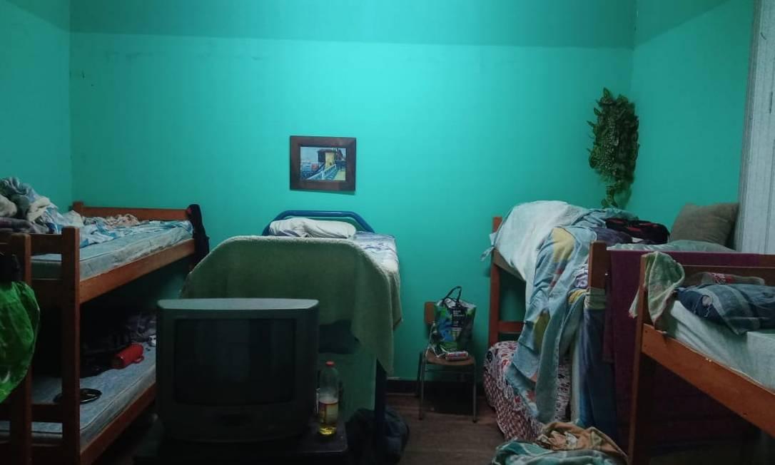 Quarto do alojamento onde os caminhoneiros estão retidos Foto: Arquivo pessoal