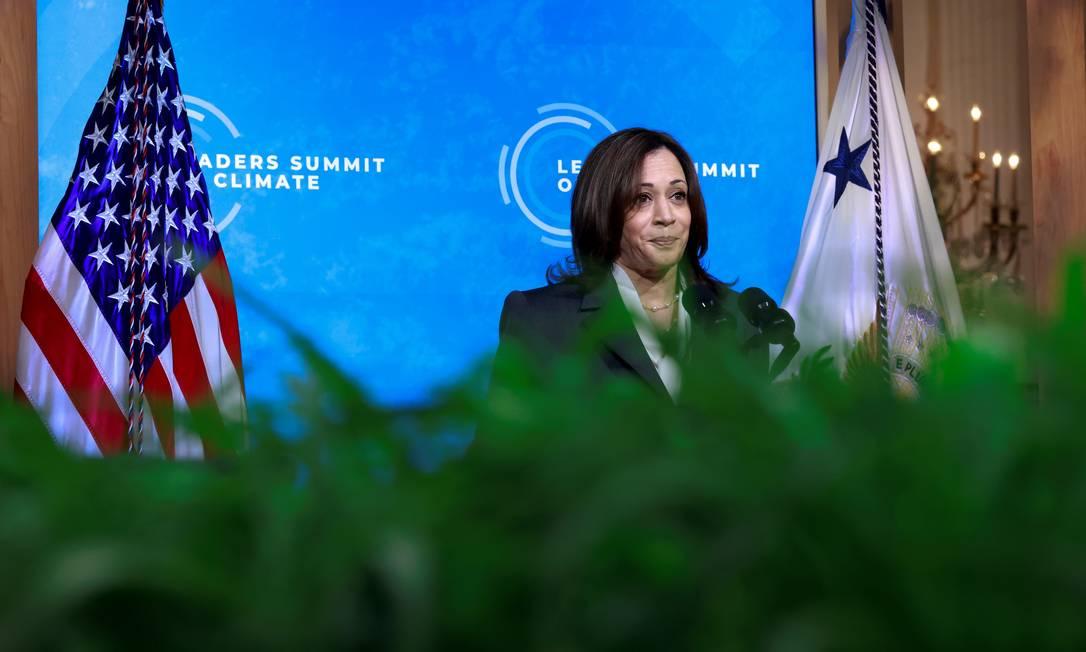 Logo após Biden, que convocou a cúpula com 26 países, fazer o primeiro discurso, foi a vez da vice-presidente dos EUA Kamala Harris Foto: TOM BRENNER / REUTERS
