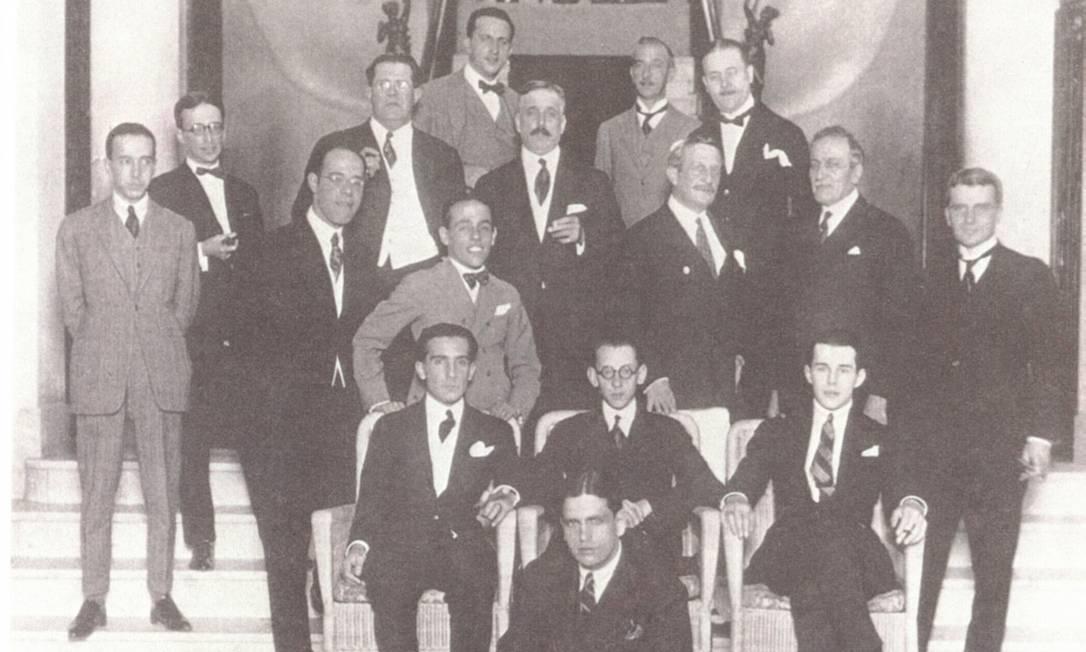 """Artistas que participaram da Semana de Arte Moderna de 1922, em São Paulo. Dois anos depois, alguns deles """"descobririam"""" o Brasil numa viagem a Minas Foto: Reprodução"""