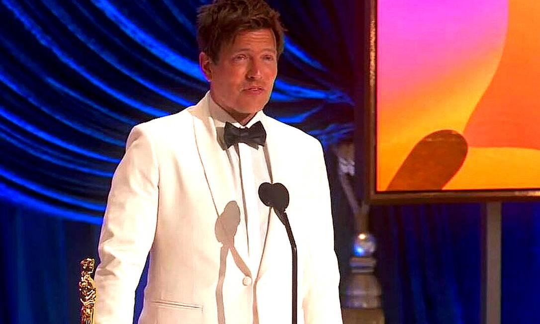 Thomas Vinterberg recebe o Oscar de melhor filme internacional por 'Druk' Foto: Reprodução