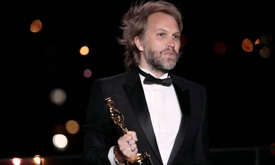 """O diretor """"Meu Pai"""", Florian Zeller, vencedor na categoria melhor roteiro adaptado Foto: LEWIS JOLY / AFP"""