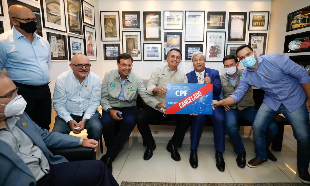 Foto com 'CPF cancelado' nos bastidores de programa da TV A Crítica Foto: Alan Santos / PR