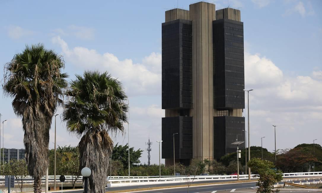 Alta dos juros para 3,5% ao ano é a segunda seguida neste ano Foto: Jorge William / Agência O Globo