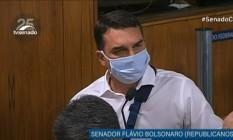 Flávio Bolsonaro, durante sessão de instalação da CPI da Covid Foto: Reprodução/TV Senado