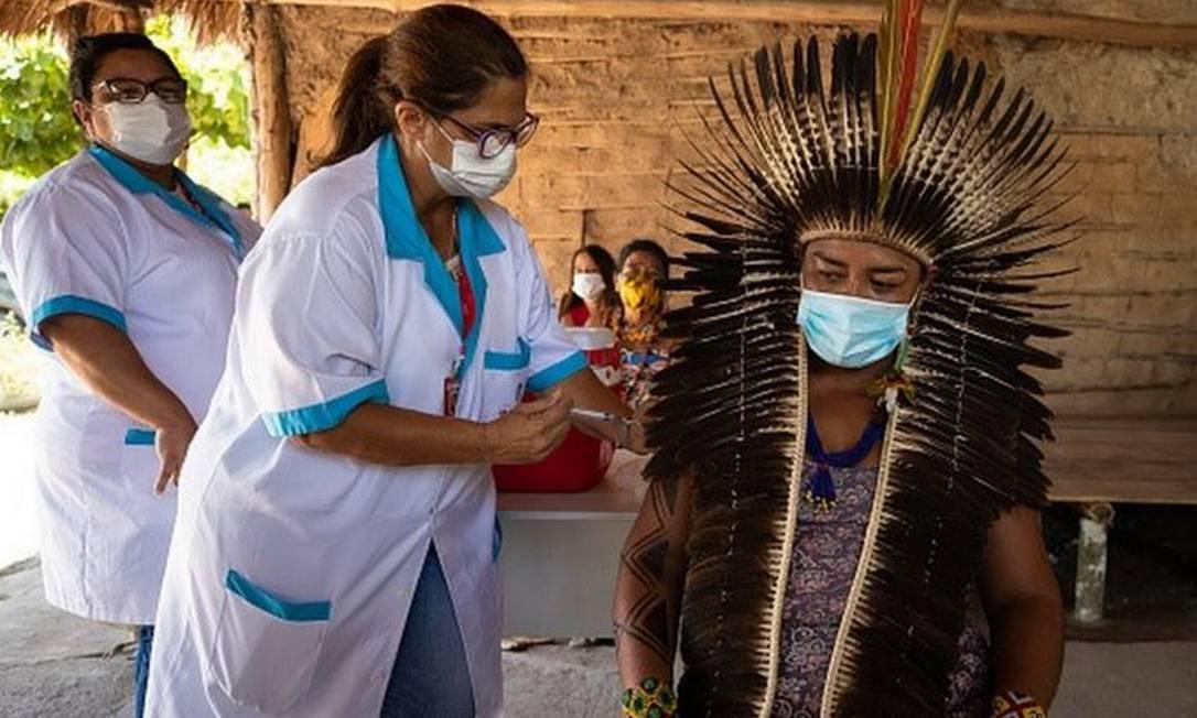 Os indígenas foram um dos primeiros grupos contemplados na vacinação contra a covid-19 Foto: Getty Images