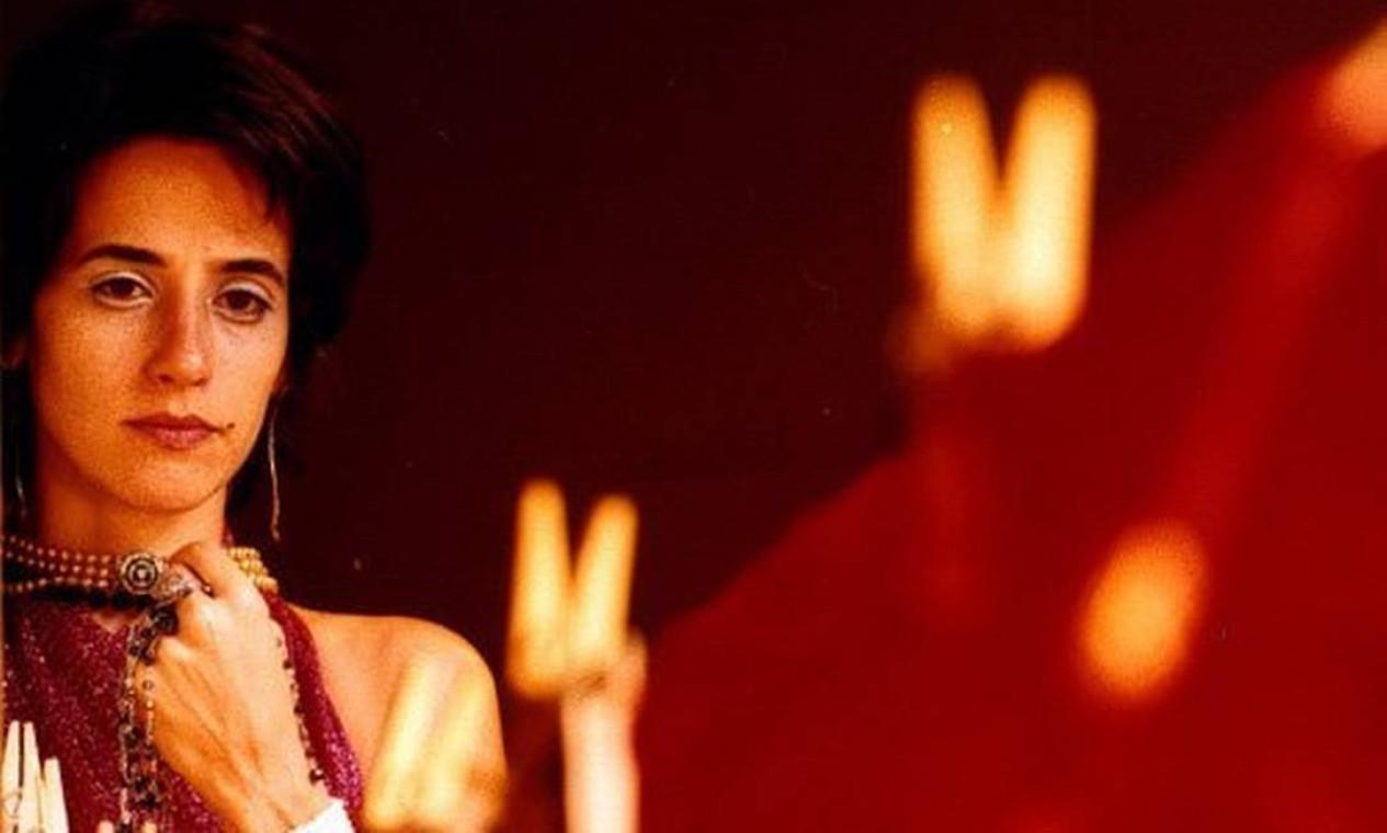 """Mariana em cena de """"A paixão segundo G.H."""", versão de Fauzi Arap para obra homônima de Clarice Lispector, em 2002 Foto: Divulgação"""