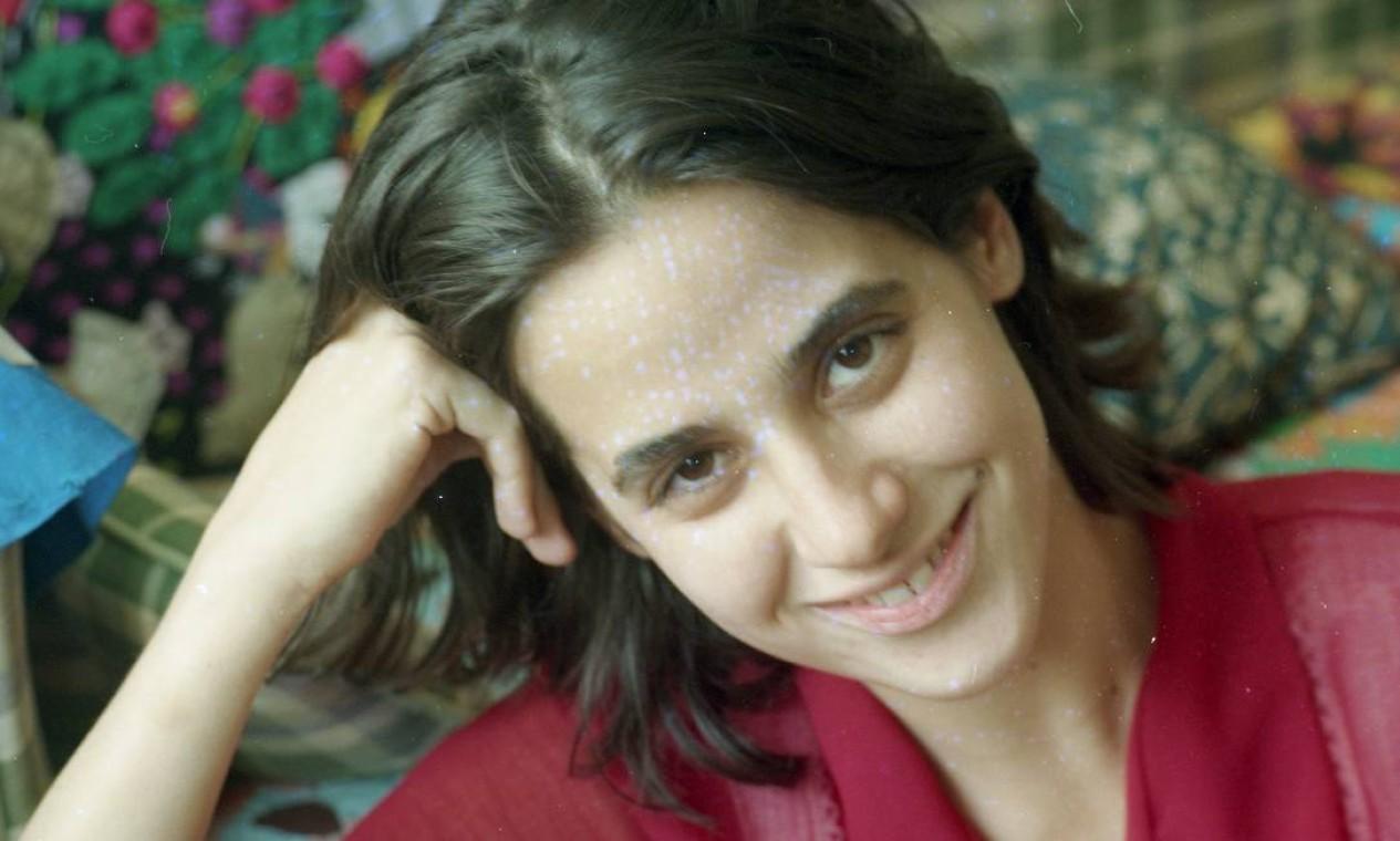 Mariana Lima em 1996, ano de sua estreia na TV Foto: Sergio Andrade / Agência O Globo