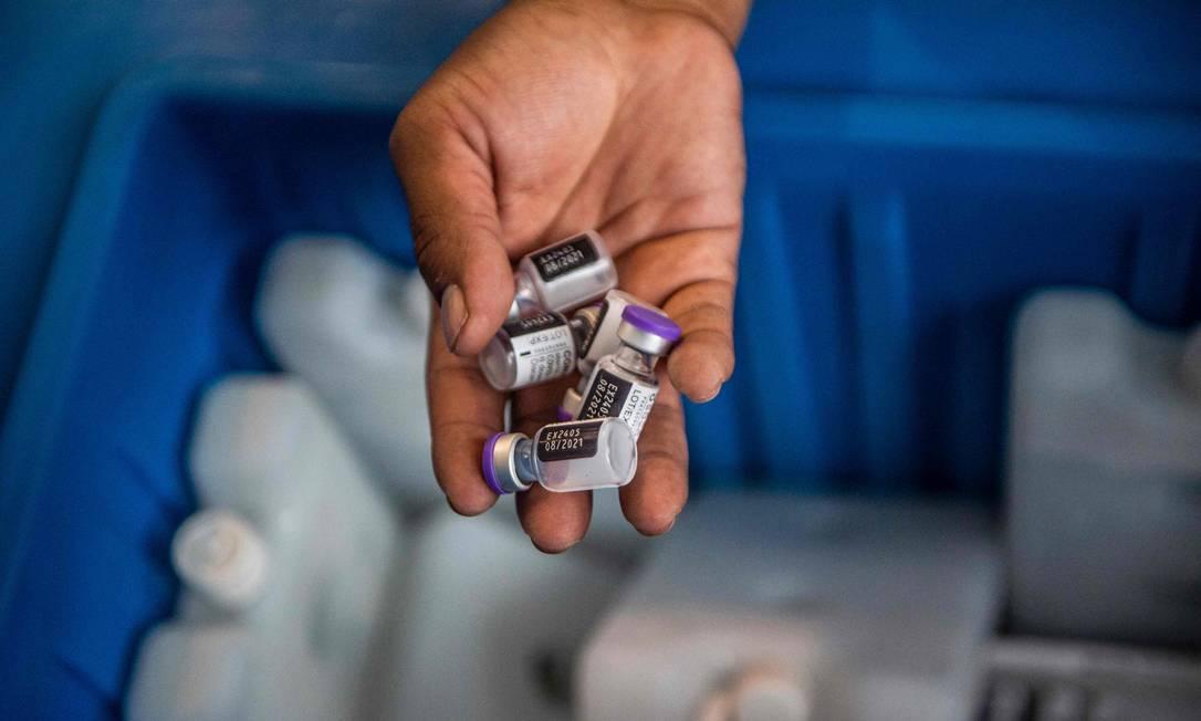 Doses da vacina da Pfizer/BioNTech vaccine contra a Covid-19 Foto: ERNESTO BENAVIDES / AFP
