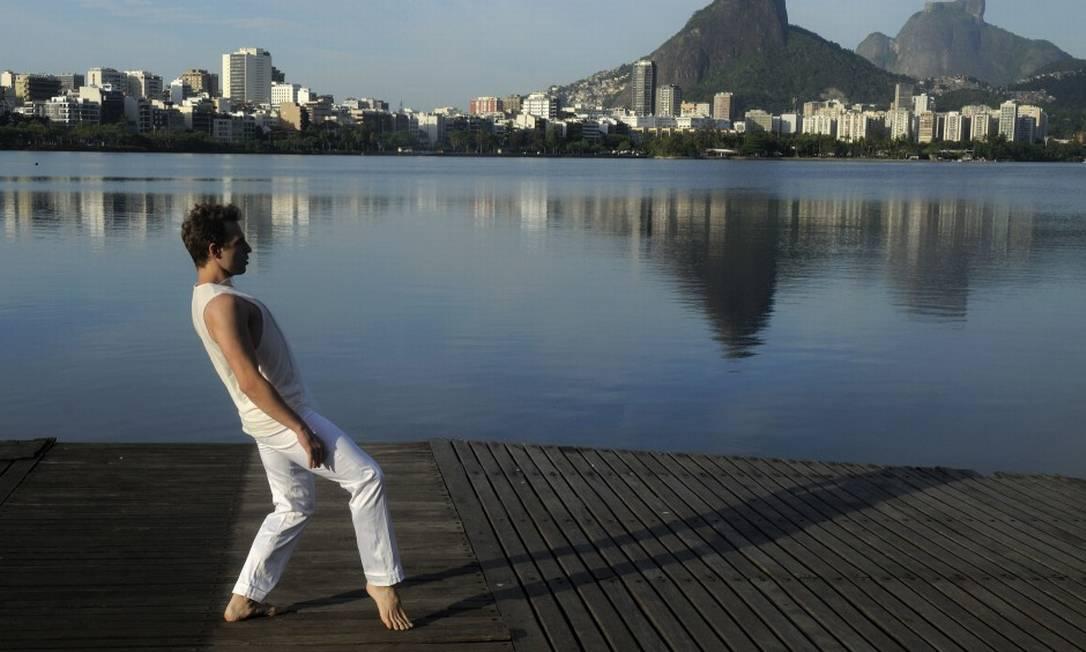 Dança.mov na Lagoa Foto: Dalton Valerio / Divulgação