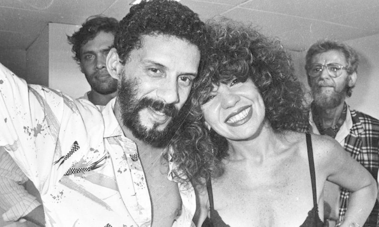 Com Elba Ramalho, nos bastidores de um show de Maria Maria Bethânia, em 1985, no Canecão Foto: Cristina Granato / Divulgação
