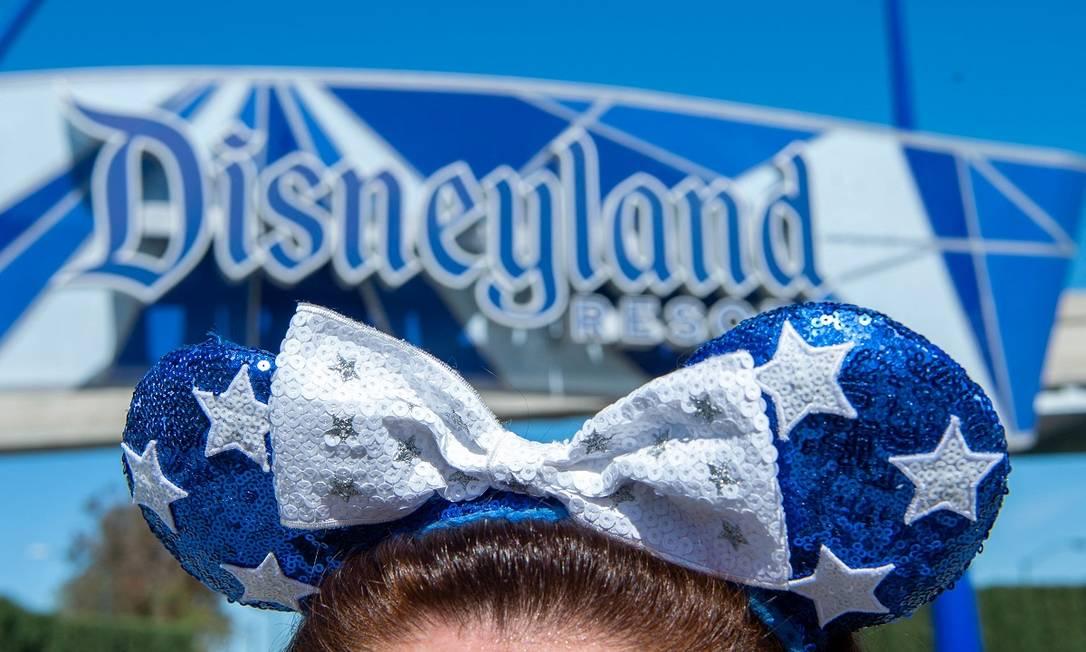 Ao contrário dos parques da Flórida, a Disneyland californiana ainda não havia voltado a funcionar desde o início da pandemia, em março de 2020 Foto: VALERIE MACON / AFP